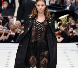 Burberry SS16: Τα Hot Κομμάτια της Collection