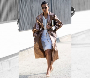 To patent leather trench coat