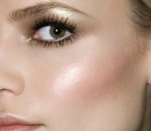 Metallic Makeup Trend