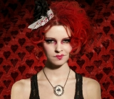 I'm the Queen of Hearts and I hate Μr. Valentine