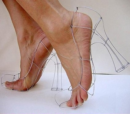 k2_galleries_258_wire_shoes