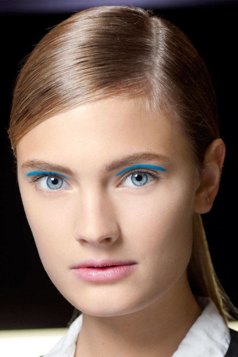 54a8ac9e89fdd_-_elle-45-march-beauty-best-in-show-blue-eyes-0313-xln-xln
