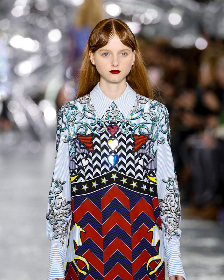 fall-fashion-2016-prints-trend-mary-katrantzou-768x960-c-top