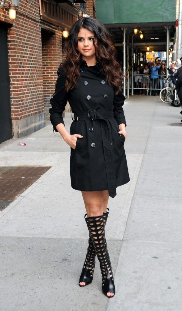 classic-black-trench-coat-with-gladiator-shoes