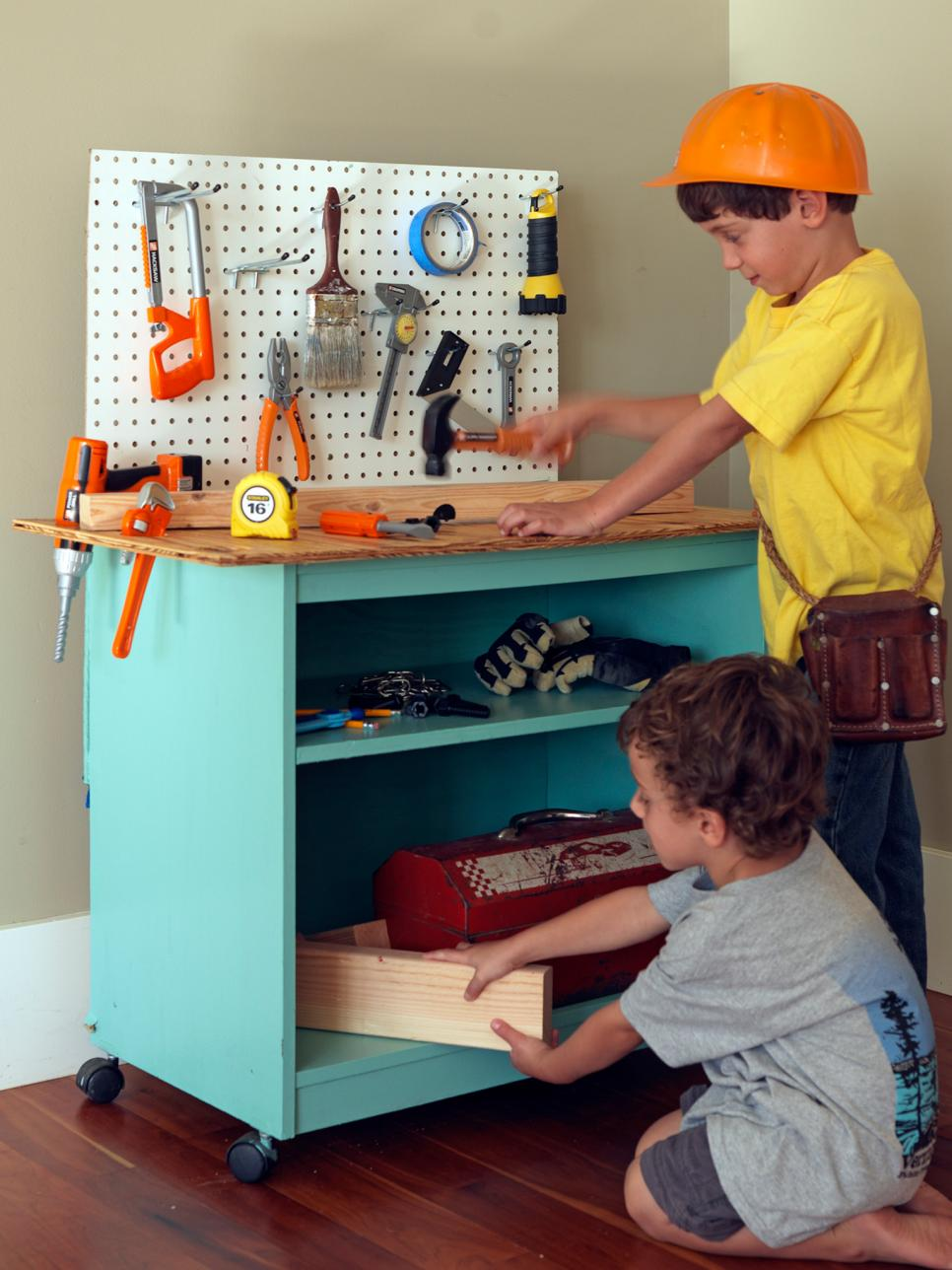 ci-susanteare_upcycled-toy-workbench_v-jpg-rend-hgtvcom-966-1288