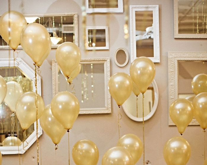 golden-balloons