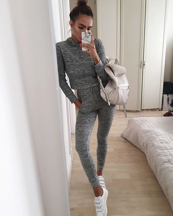 tracksuit-trend-2017-12