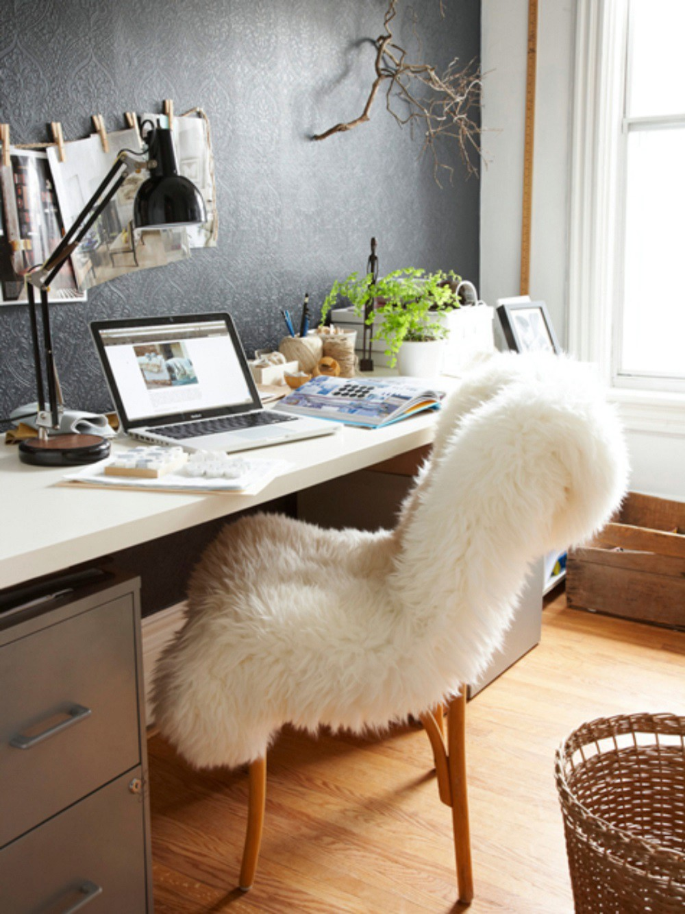 sheepskin-rug-office-chair