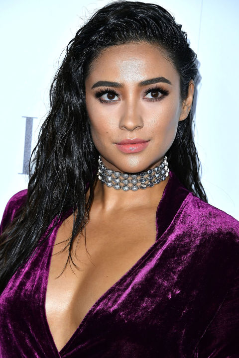 hbz-hair-trends-2017-shay-mitchell-gettyimages-617960458