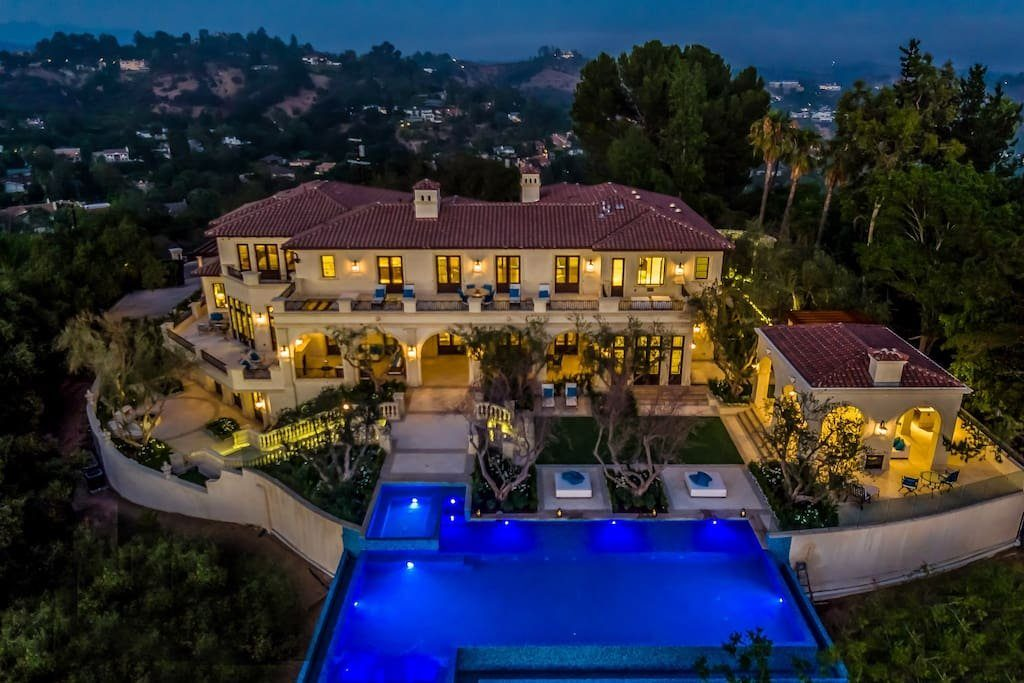Drake-Beverly-Hills-Airbnb-20