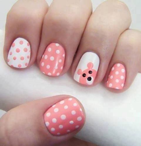 Cute-bear-and-dots-design