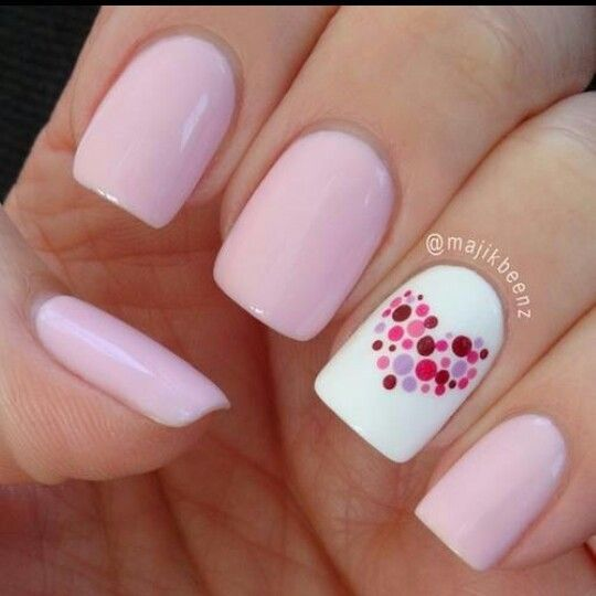 Romantic-heart-nail-art-of-polka-dots
