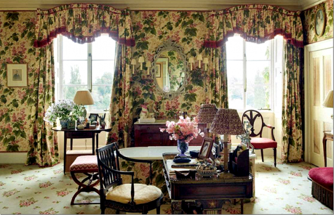 bowood-house-Chintz-Bathroom-675x435