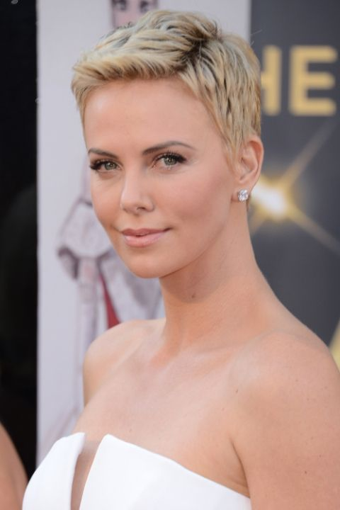 hbz-the-list-blonde-pixie-cuts-charlize-theron-1493756030