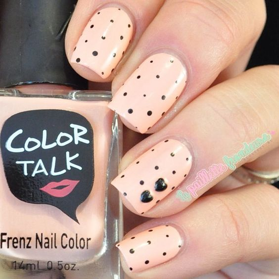 little-dots-nail-design
