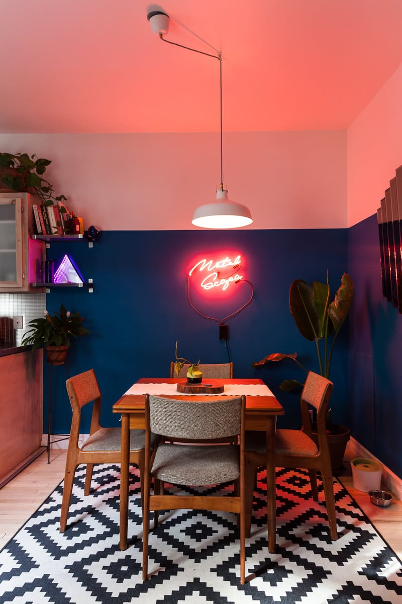 Neon-sign-in-a-darker-dining-corner