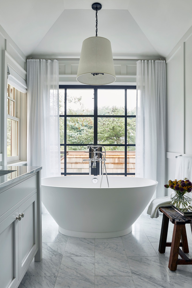 this-hamptons-home-is-a-playground-for-adults-and-kids-alike-hamptons-beach-house-bathroom-59515c9ad07fd1124b266bec-w1000_h1000