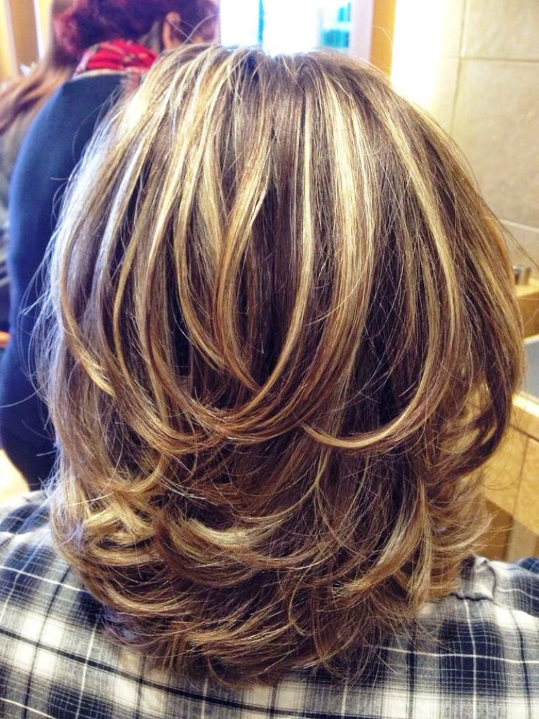 7.-Medium-Layered-Haircut-Ideas