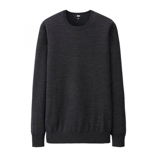 a5dbeeff8a4a best-black-sweaters-uniqlo-crew-sweater-800-600x600