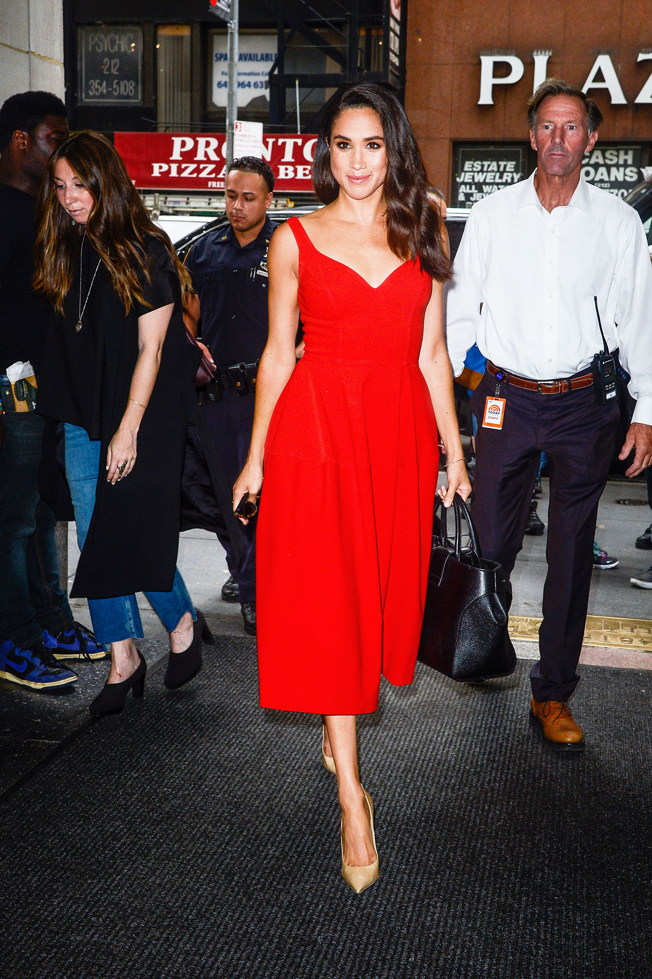 meghan-markle-style-red-dress