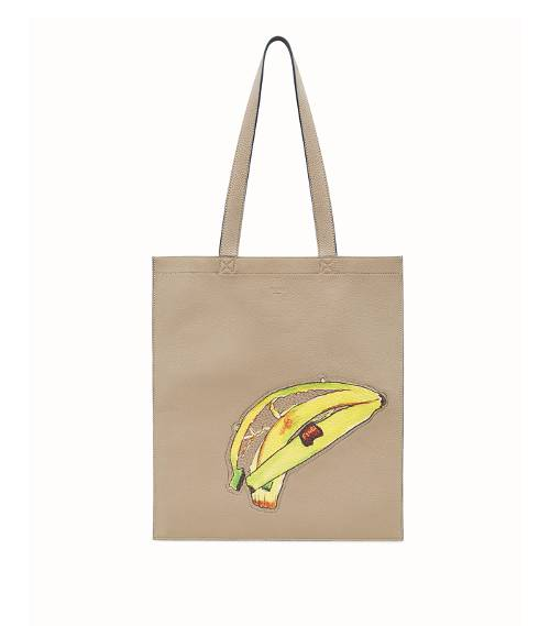 banana-fashion-trend-245674-1514902058729-product.500x0c