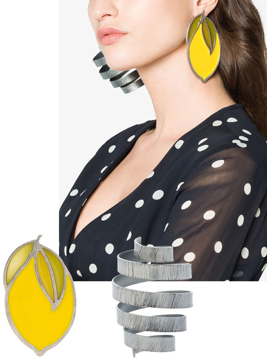 hbz-statement-earrings-jacquemus-1524079872